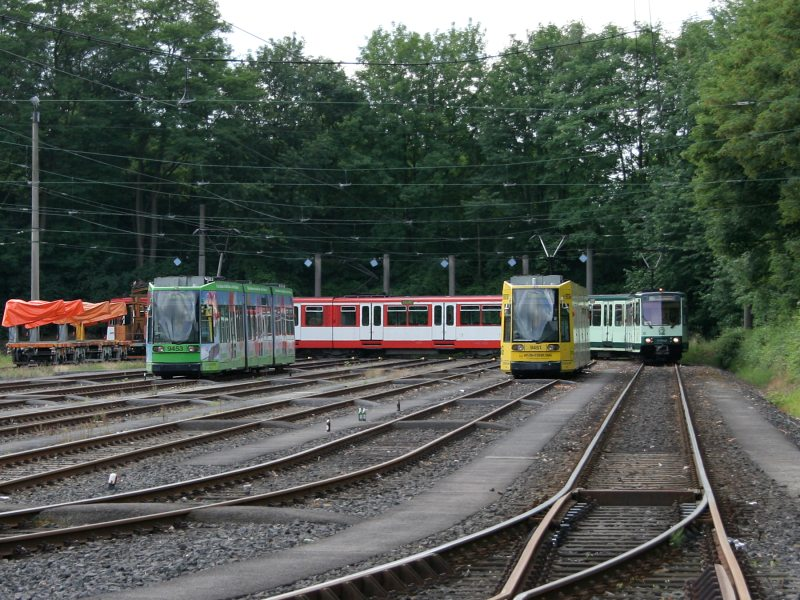 http://www.mm-trains.de/data/media/1529/Schleifenfahrt_Beuel.jpg